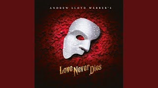 Смотреть клип песни: Andrew Lloyd Webber - Why Does She Love Me?