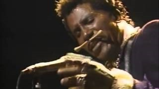 Смотреть клип песни: Screamin' Jay Hawkins - Constipation Blues