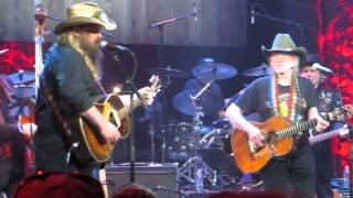 Смотреть клип песни: Chris Stapleton - My Heroes Have Always Been Cowboys