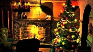 Смотреть клип песни: Perry Como - We Wish You a Merry Christmas -