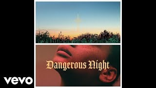 Клип Thirty Seconds to Mars - Dangerous Night