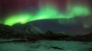 Смотреть клип песни: Thirty Seconds to Mars - Northern Lights