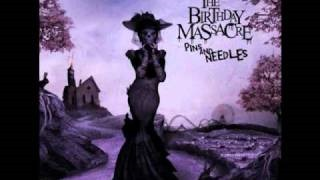 Смотреть клип песни: The Birthday Massacre - Pins and Needles