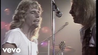 Клип Status Quo - Rockin' All Over The World