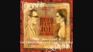 Клип Beth Hart - Don't Explain
