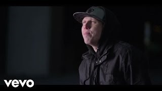 Смотреть клип песни: Manafest - Every Time You Run (feat. Trevor)