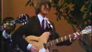 Смотреть клип песни: The Byrds - The Times They Are A-Changin'