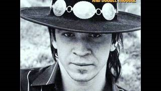 Клип Stevie Ray Vaughan & Double Trouble - Look at Little Sister