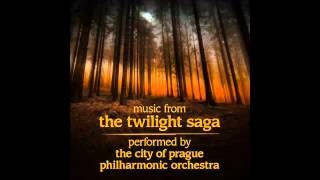 "Смотреть клип песни: The City of Prague Philarmonic Orchestra - Full Moon (From ""The Twilight Saga: New Moon"")"