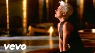 Смотреть клип песни: Roxette - Fading Like A Flower (Every Time You Leave)