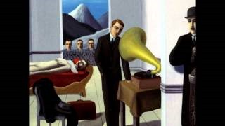 Смотреть клип песни: Paul Simon - René and Georgette Magritte with Their Dog After the War