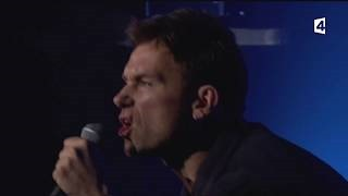 Смотреть клип песни: Damon Albarn - Spitting Out The Demons