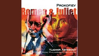 Клип Royal Philharmonic Orchestra London - Prokofiev: Romeo and Juliet, Op. 64 / Act 1 - 13. Dance Of The Knights