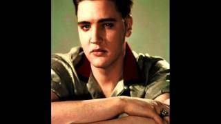Смотреть клип песни: Elvis Presley - I Feel That I've Known You Forever