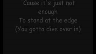 Клип Skillet - Dive Over In