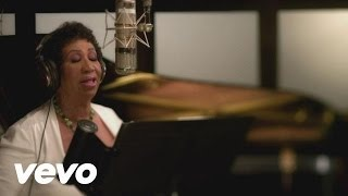 Смотреть клип песни: Aretha Franklin - How Do You Keep The Music Playing