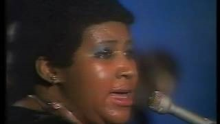 Смотреть клип песни: Aretha Franklin - Share Your Love With Me