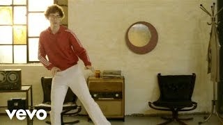Смотреть клип песни: Kings Of Convenience - I'd Rather Dance With You