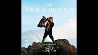 Клип Sia - Angel By The Wings