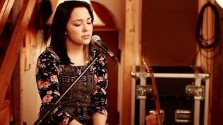 Смотреть клип песни: Boyce Avenue - Wake Me up (feat. Jennel Garcia)