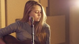 Смотреть клип песни: Boyce Avenue - Latch (feat. Lia Marie Johnson)