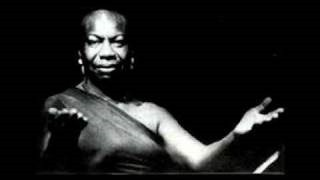 Клип Nina Simone - I'm Gonna Leave You