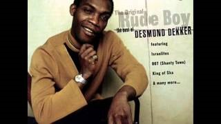Смотреть клип песни: Desmond Dekker - Honour Your Mother And Father