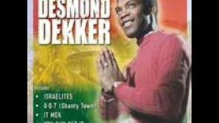 Смотреть клип песни: Desmond Dekker - Take Me Back To Africa