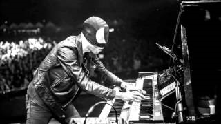 Клип The Bloody Beetroots - The Beat