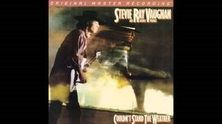 Смотреть клип песни: Stevie Ray Vaughan & Double Trouble - Tin Pan Alley (AKA Roughest Place in Town)