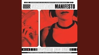Смотреть клип песни: Streetlight Manifesto - Everything Went Numb