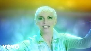 Клип Annie Lennox - Shining Light