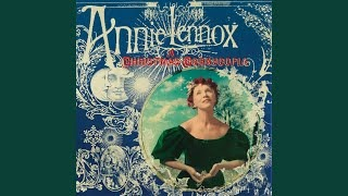 Клип Annie Lennox - In The Bleak Midwinter